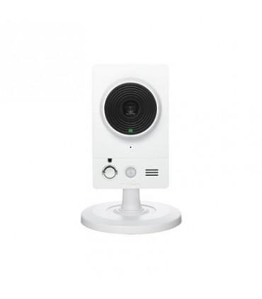 DCS-2210 2 Megapixel PoE Cloud Camera, 1/27 progressive CMOS sensor, H.264, ePTZ, SD card slot