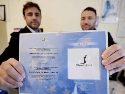 برند «استیو جابز» به دو جوان ایتالیایی واگذار شد