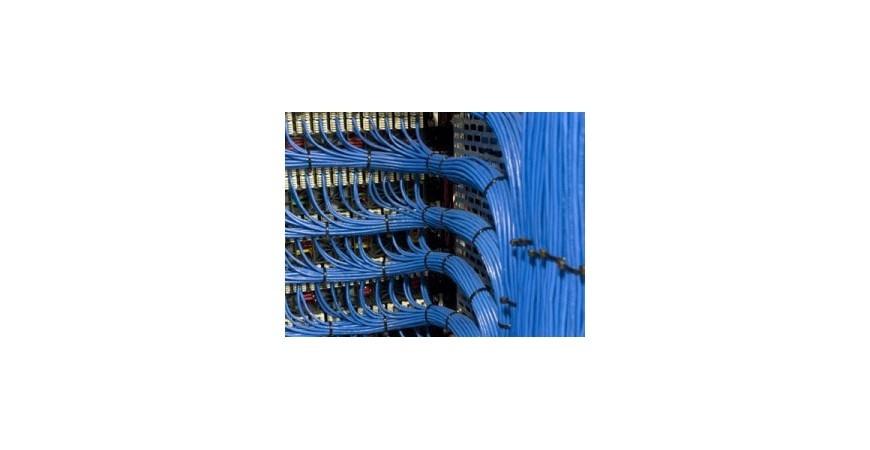 خدمات کابل کشی شبکه چیست و چه استانداردهایی دارد؟